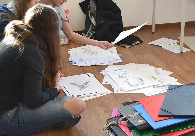 Design studieren - an der HMKW in Köln Berlin oder Frankfurt. Jetzt individuelle Mappenberatung erhalten!