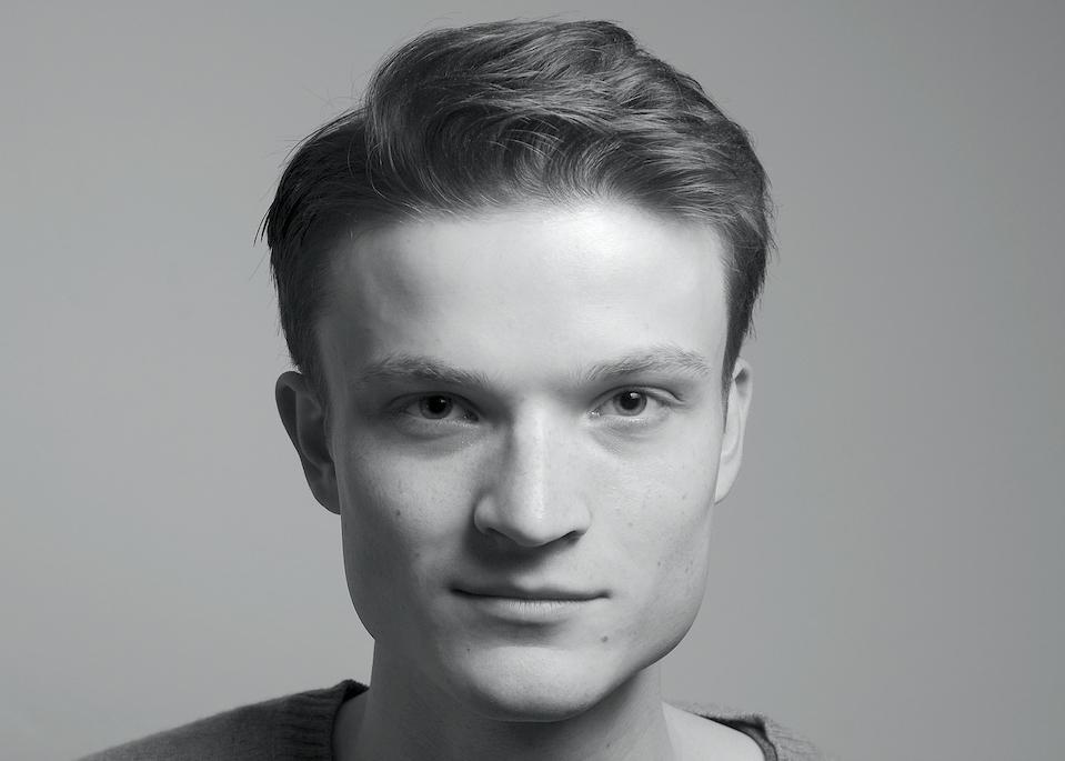 Constantin Dubyk hat an der HMKW Köln den B.A. Medien- und Wirtschaftspsychologie absolviert und studiert und arbeitet jetzt in Potsdam und Berlin. Foto: Irina Bittner