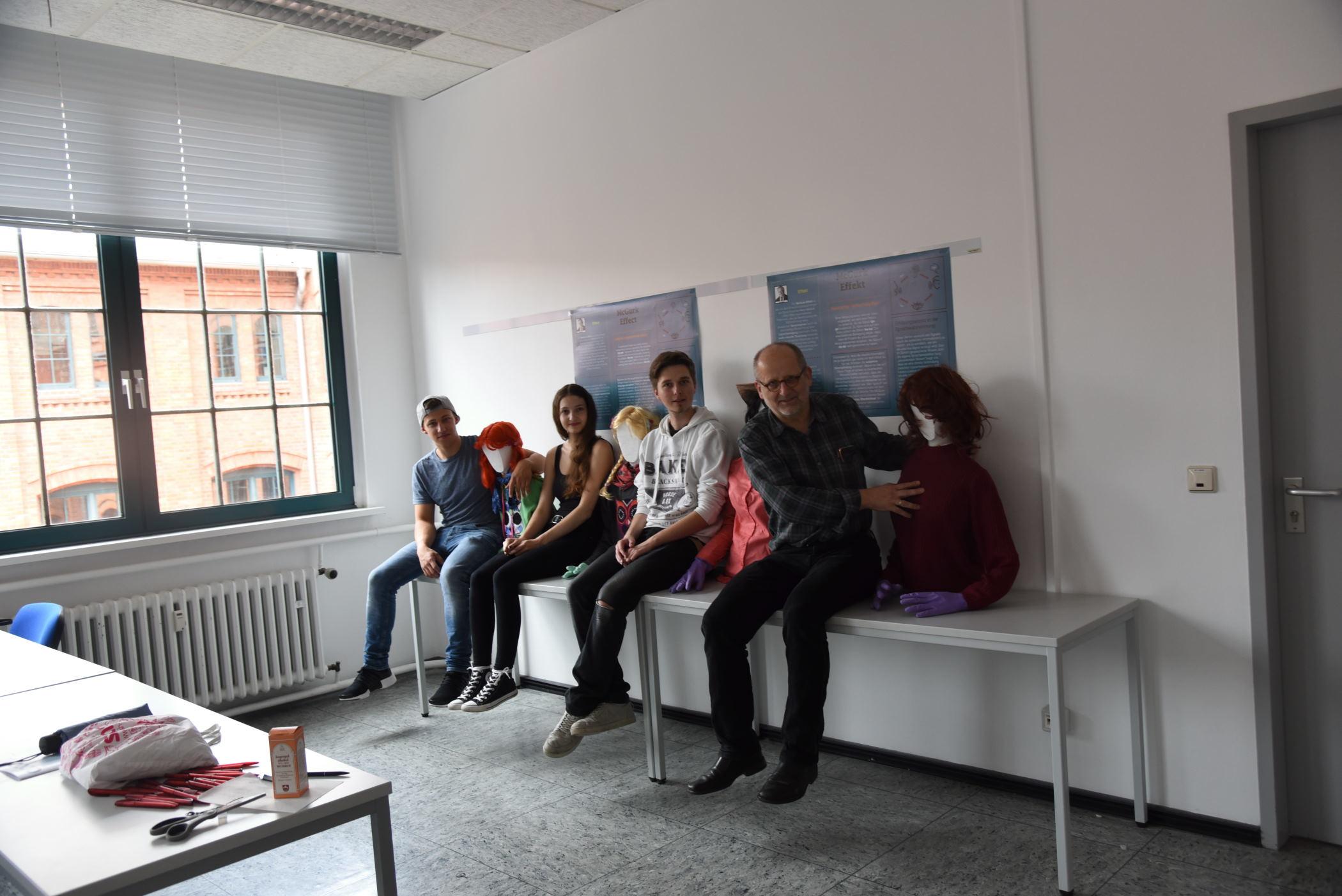 Das Team hinter dem Zuschauerexperiment: Prof. Dr. Ronald Freytag, Fabrice Dramont, Michelle Stelter, Gilbert Martiny, Julia Heinzl