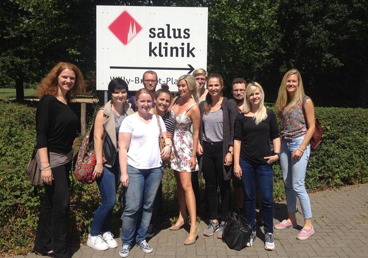 HMKW-Studierende mit Prof. Dr. Inga Mertin