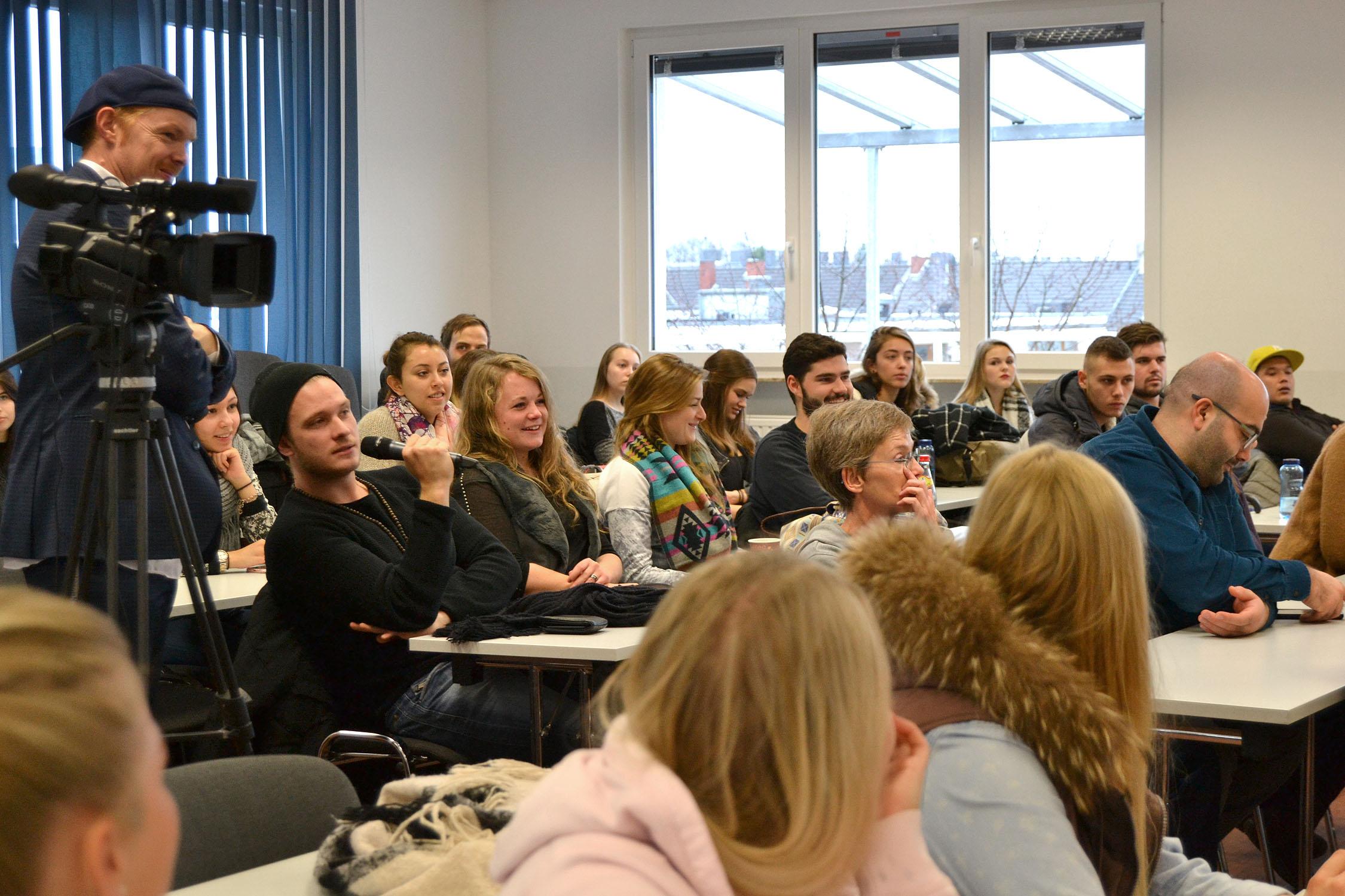 Auch für die Zuhörer/innen war die Auseinandersetzung mit umweltpolitischen Themen teilweise neu.