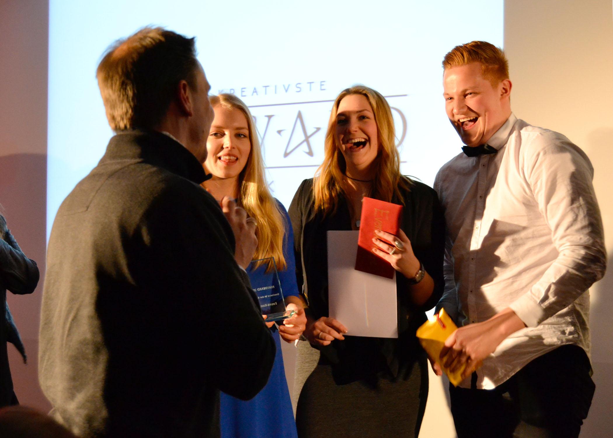 Schnappschuss vom Galafinale: Prof. Dr. Hartmut Merl, Kristin Merhofe, Nicola Boyne und Bennet Maraun.