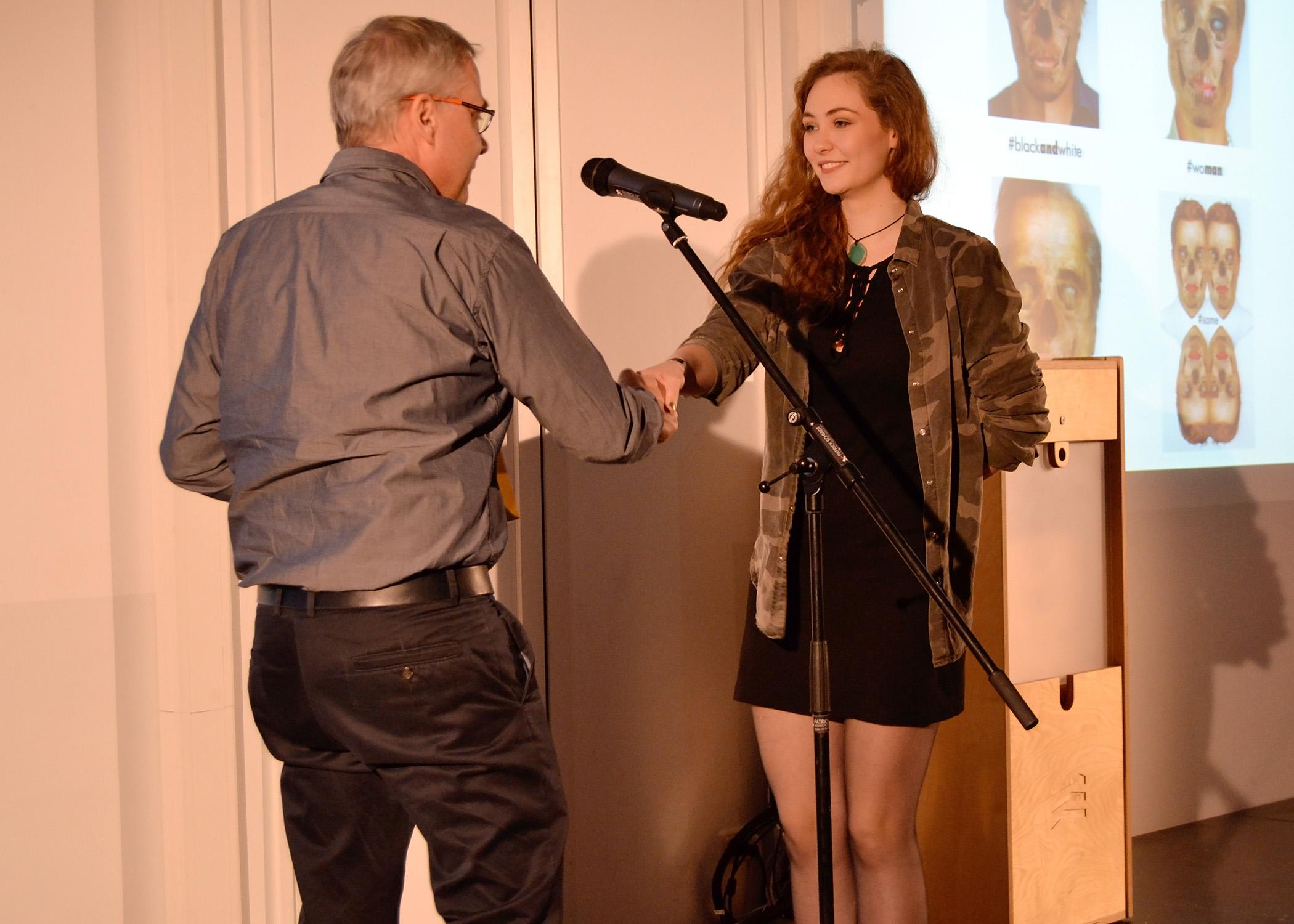 """Der Preis in der Kategorie """"Foto"""" ging an HMKW-Studentin Cindy Dichter."""