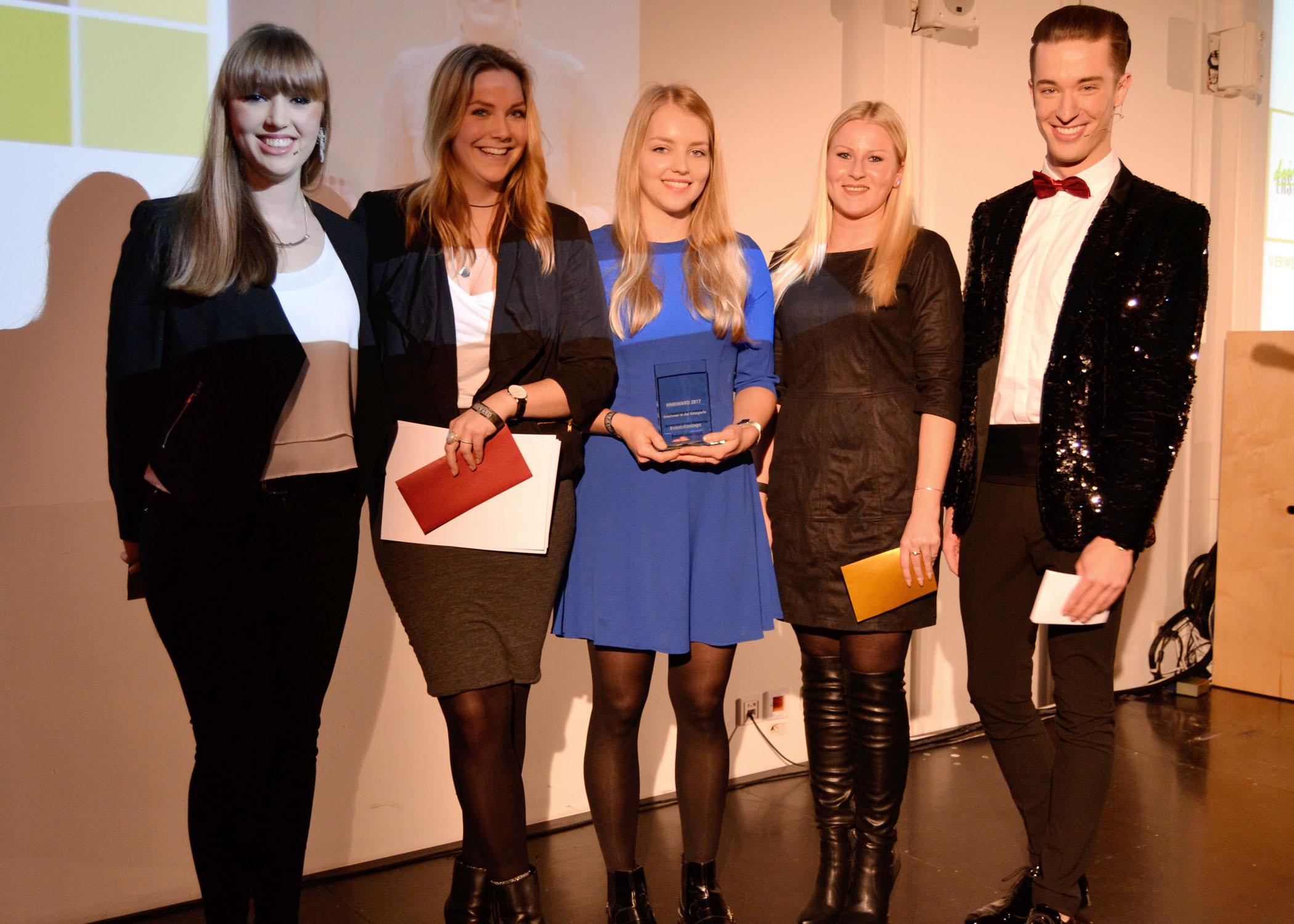 Für das beste Eventkonzept wurde eine ganze Studiengruppe, vertreten durch die Studentinnen Nicola Boyne und Kristin Merhofe, ausgezeichnet.