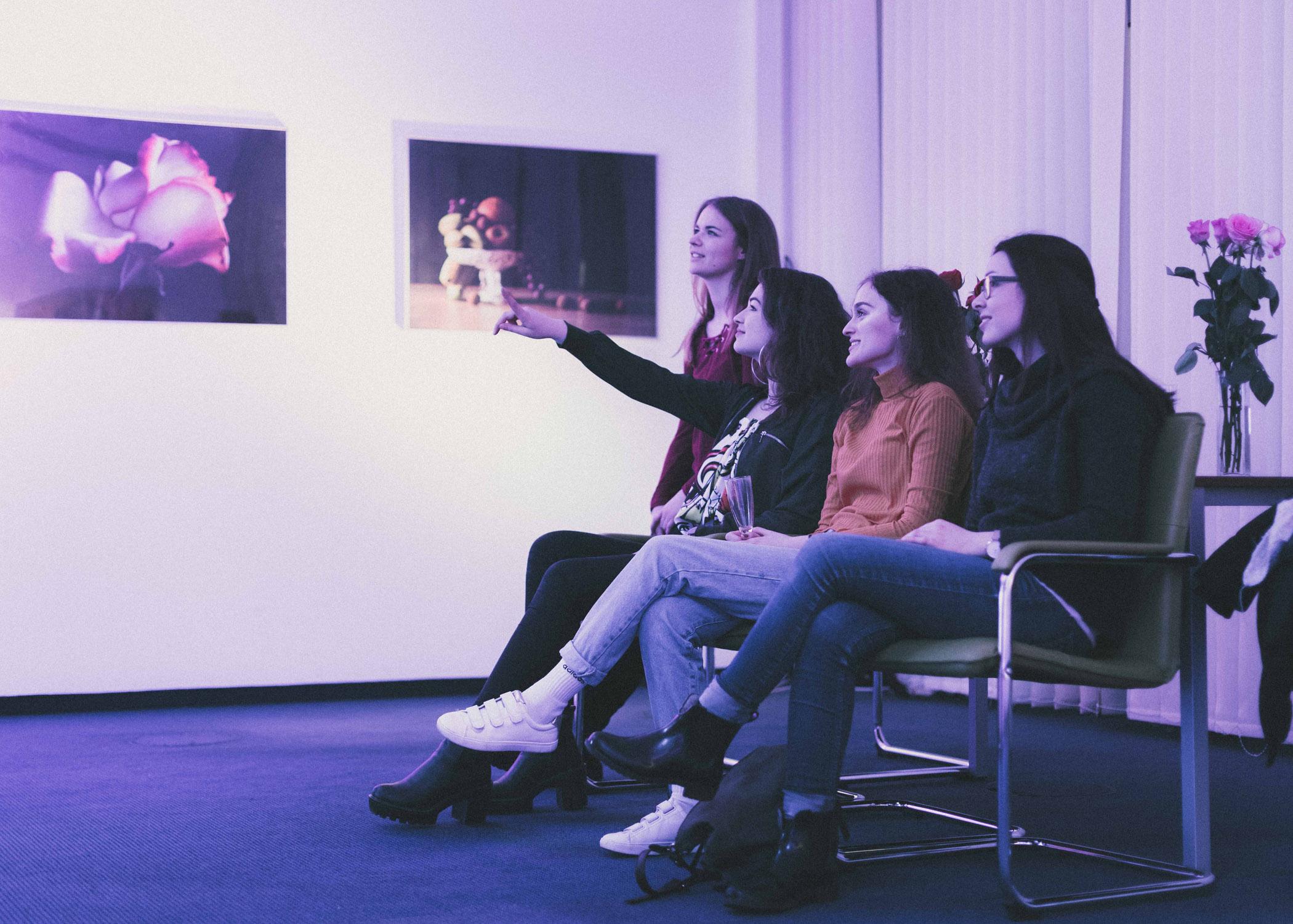 Auch erste Bewegtbild-Produktionen werden auf der Semesterausstellung gezeigt.