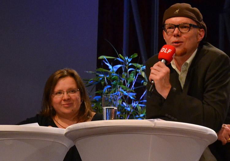 Rita Vock und Prof. Dr. Hektor Haarkötter (HMKW) von der INA, hier beim 1. Kölner Forum für Journalismuskritik.Rita Vock und Prof. Dr. Hektor Haarkötter (HMKW).