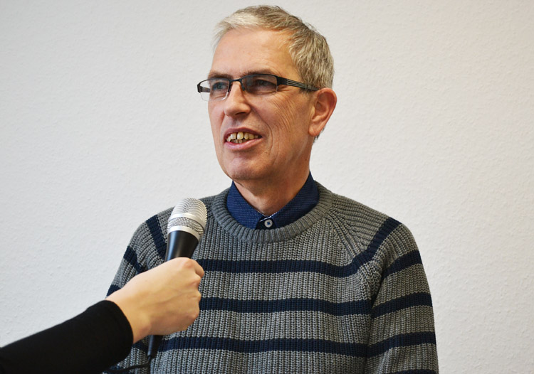 Prof. Dr. habil. Gerd Hallenberger im Interview