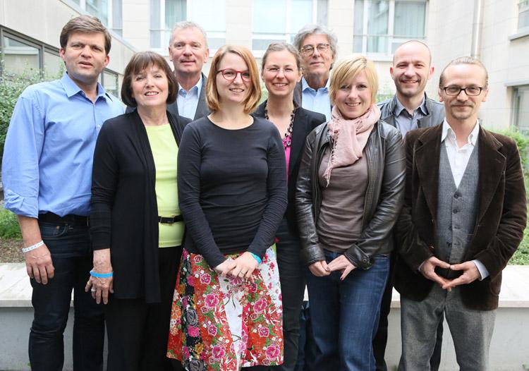 Prof. Dr. Verena Renneberg, 3.v.r. im neugewählten Vorstand des DJV Berlin