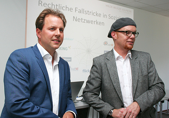 C. Solmecke (li.), Prof. H. Haarkötter (re.)