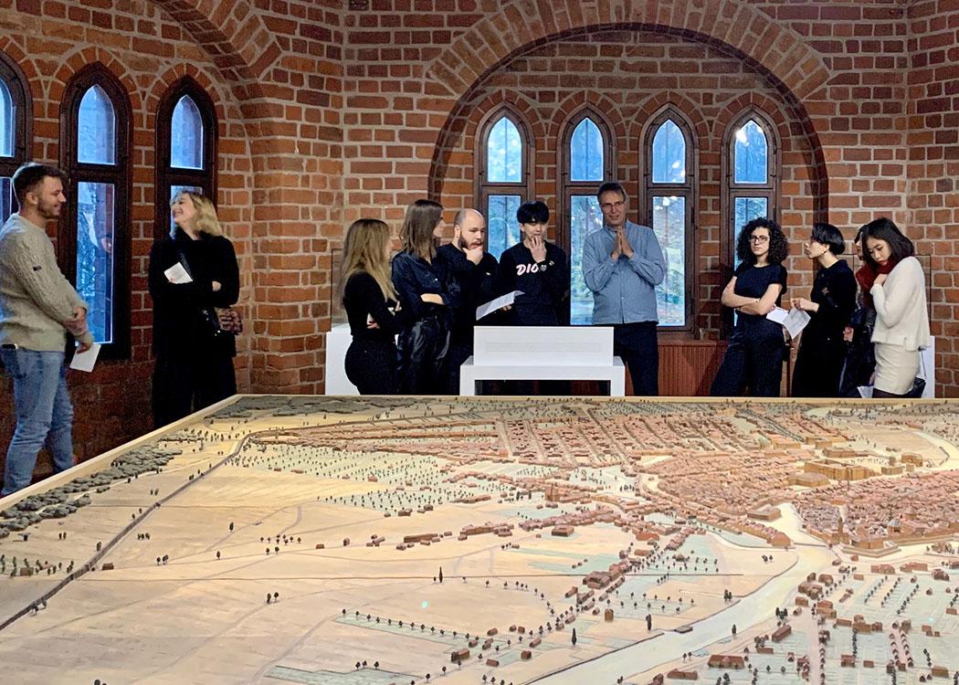 Die Studierenden bei einer Führung durch das Märkische Museum