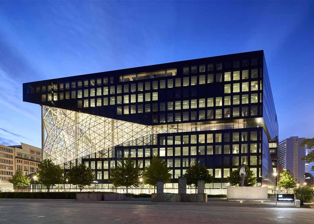 Merle Giesel's new workplace: the new Axel Springer building in Berlin-Kreuzberg (Photo: Axel Springer)