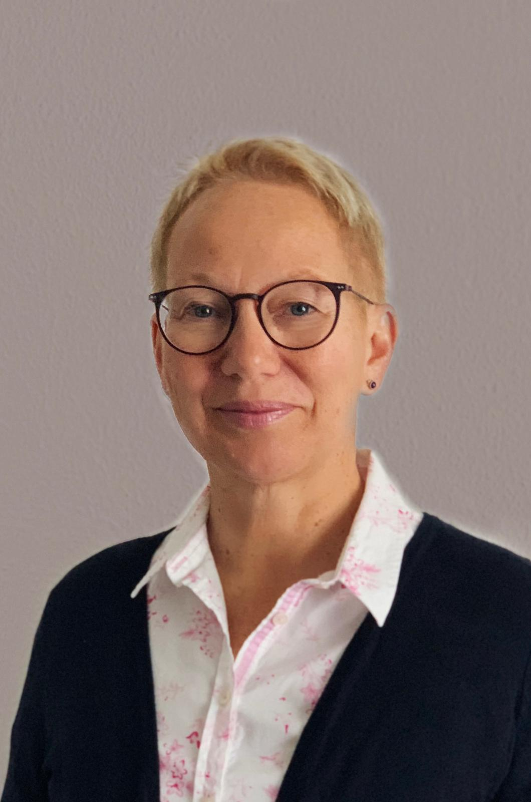 HMKW Frankfurt Sekretariat Helma Schöll